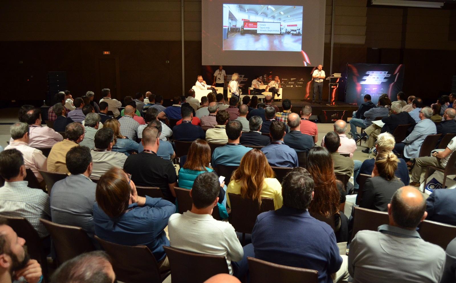 Más de 300 profesionales reunió Top Truck en su VII Convención.